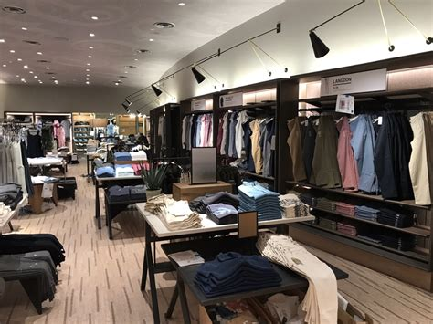 Abercrombie & Fitch Concept Store